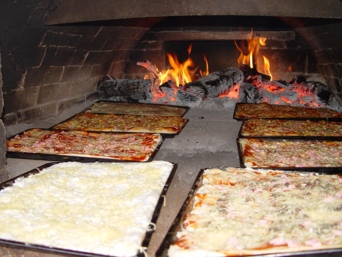 Házias ízek - kemencés pizza